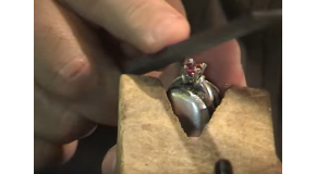 Setting Instructions: 4 Prong Ring with Gerry Lewy Part 3